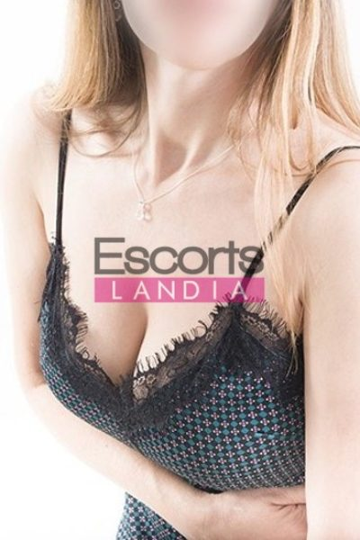 Escortslandia-1-71-400x600_t Ámbar en  by Escortslandia.com